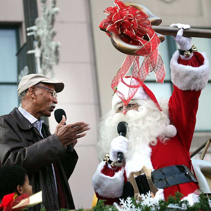 Major Bing presents Santa Sam the key to the city.